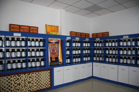 蒙藏药房药柜