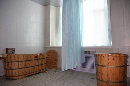 木桶药浴室
